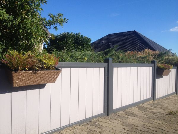 Sichtschutz rechtwinklig, senkrechter Füllungsverlauf, weiß, 90x180cm